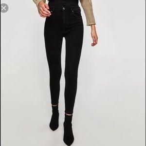 """Zara 1975 9"""" Rise 28"""" Inseam Black Skinny Jeans"""